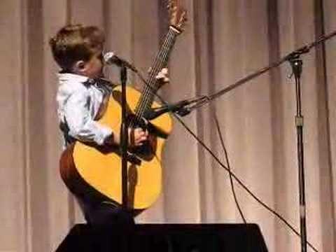 Att den här 7-åringen kunde sjunga en Johnny Cash låt så här var det ingen som trodde. Jag blev mållös!