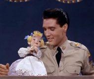 Har du sett detta skojfriska filmklipp på Elvis? Så här charmig har du aldrig sett honom förut!