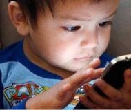 Psykologen varnar: skärmberoende kan skada ditt barns hjärna. Detta borde alla föräldrar läsa!