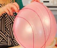 Hon knyter ett snöre runt ballongen – resultatet är något du verkligen kommer att ha nytta av i Påsk!